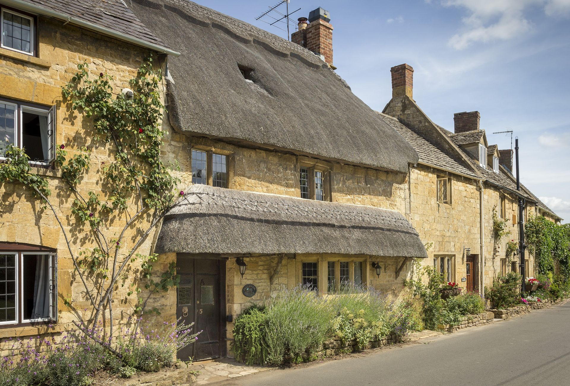 Click here for more about Inglenook Cottage