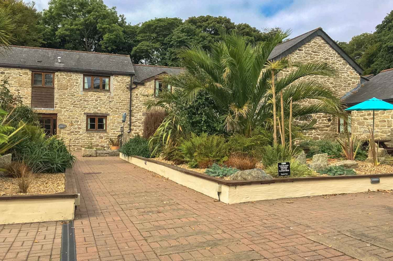 Click here for more about Budock Cottage