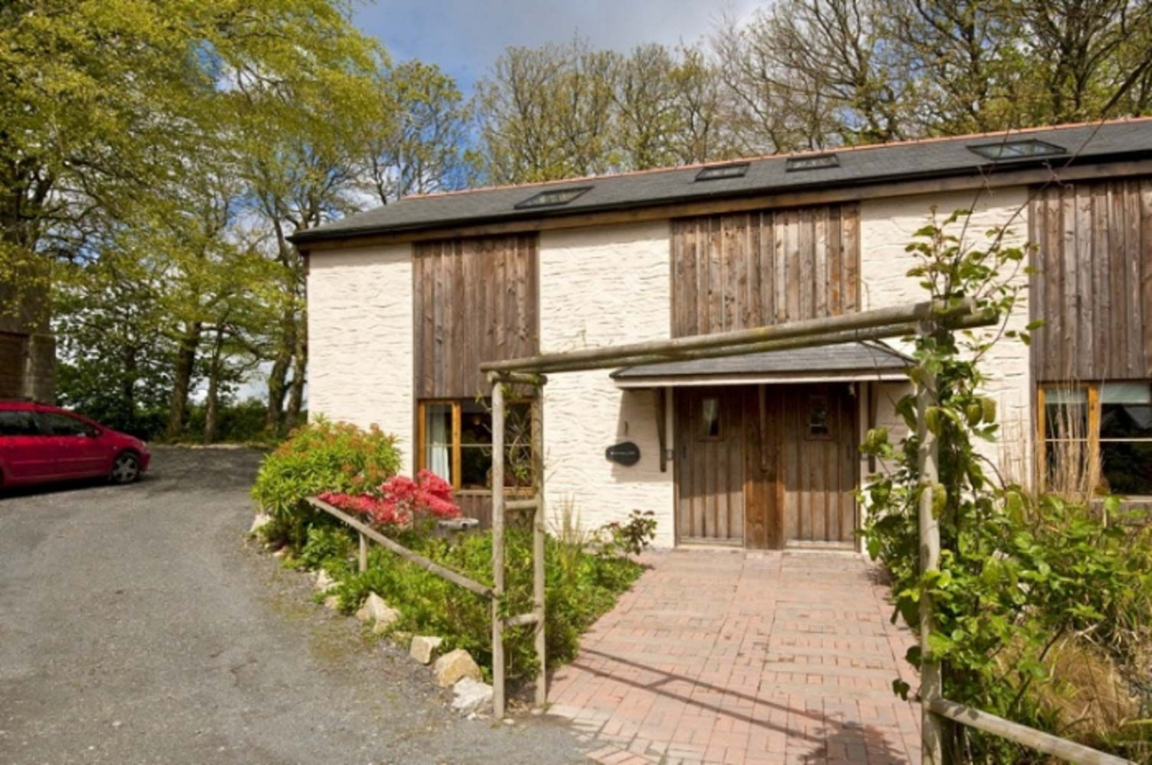 Click here for more about Porthallow Cottage