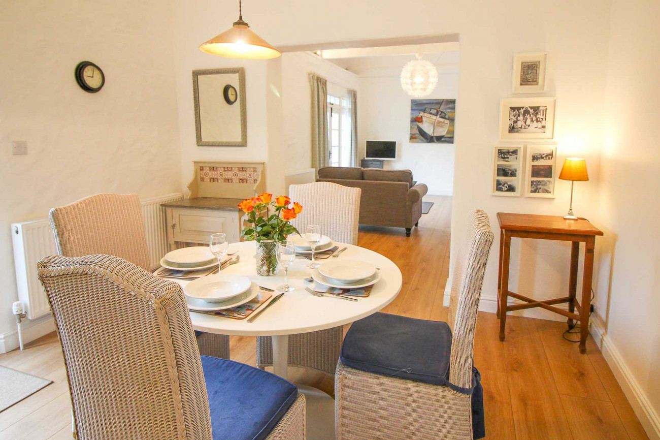 Details about a cottage Holiday at Bellot Cottage