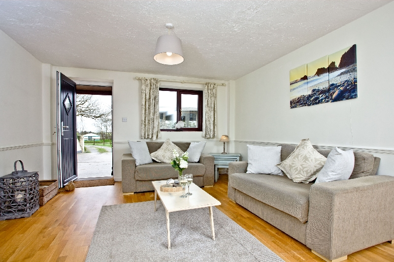 Click here for more about Nobbys Cottage - East Thorne