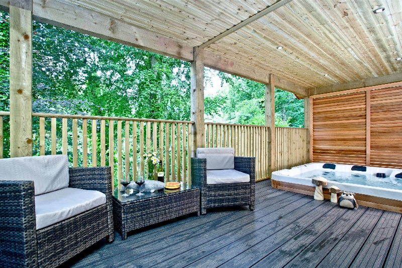 Click here for more about Oak Lodge - South View Lodges