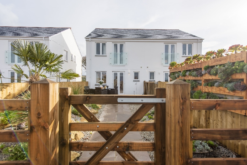 Holly Cottage - The Woodland Collection is located in Hayle