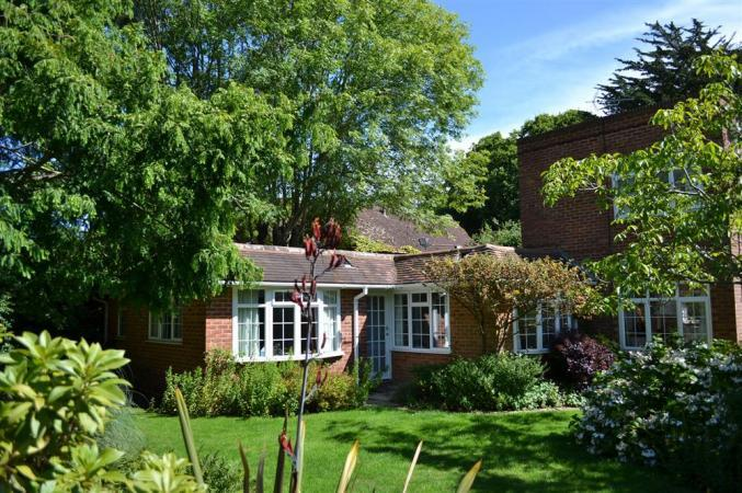 Click here for more about Greencroft Annexe