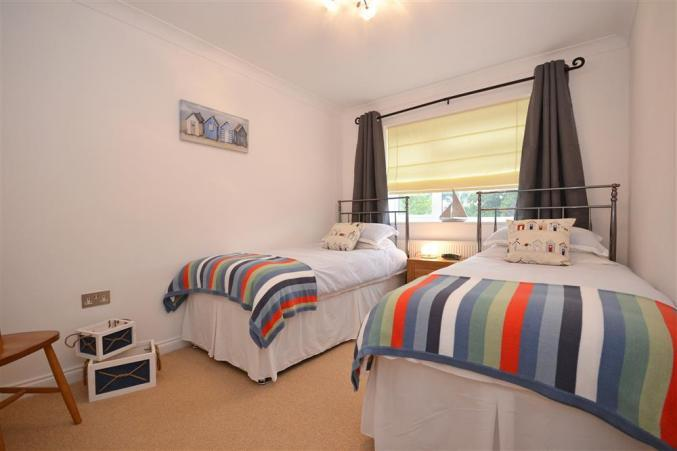 Oaks Reach Holiday Cottage