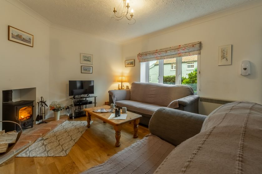 Click here for more about 4 Langford Cottages