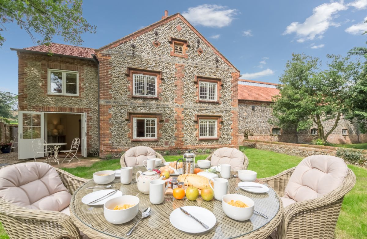 Click here for more about Glaven Cottage