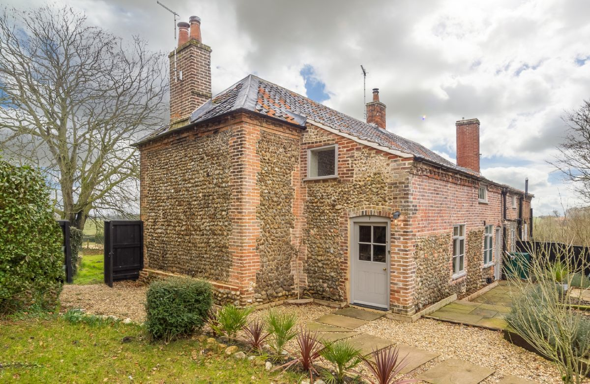 Details about a cottage Holiday at Gamekeeper's Lodge