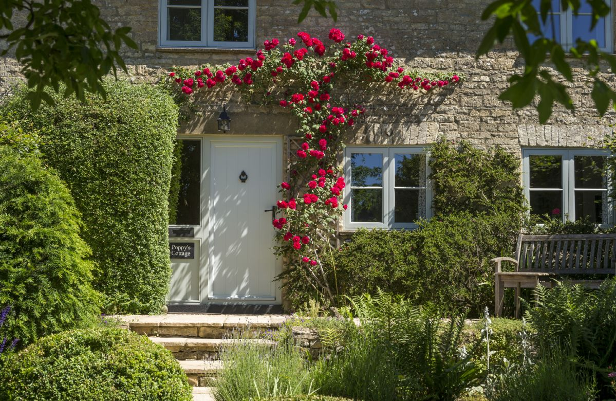 Click here for more about Poppy's Cottage