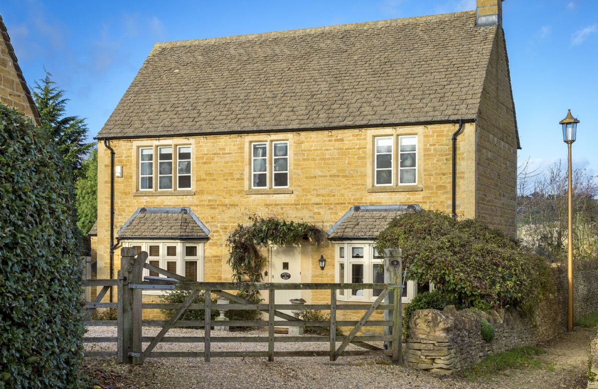 Details about a cottage Holiday at Compton House