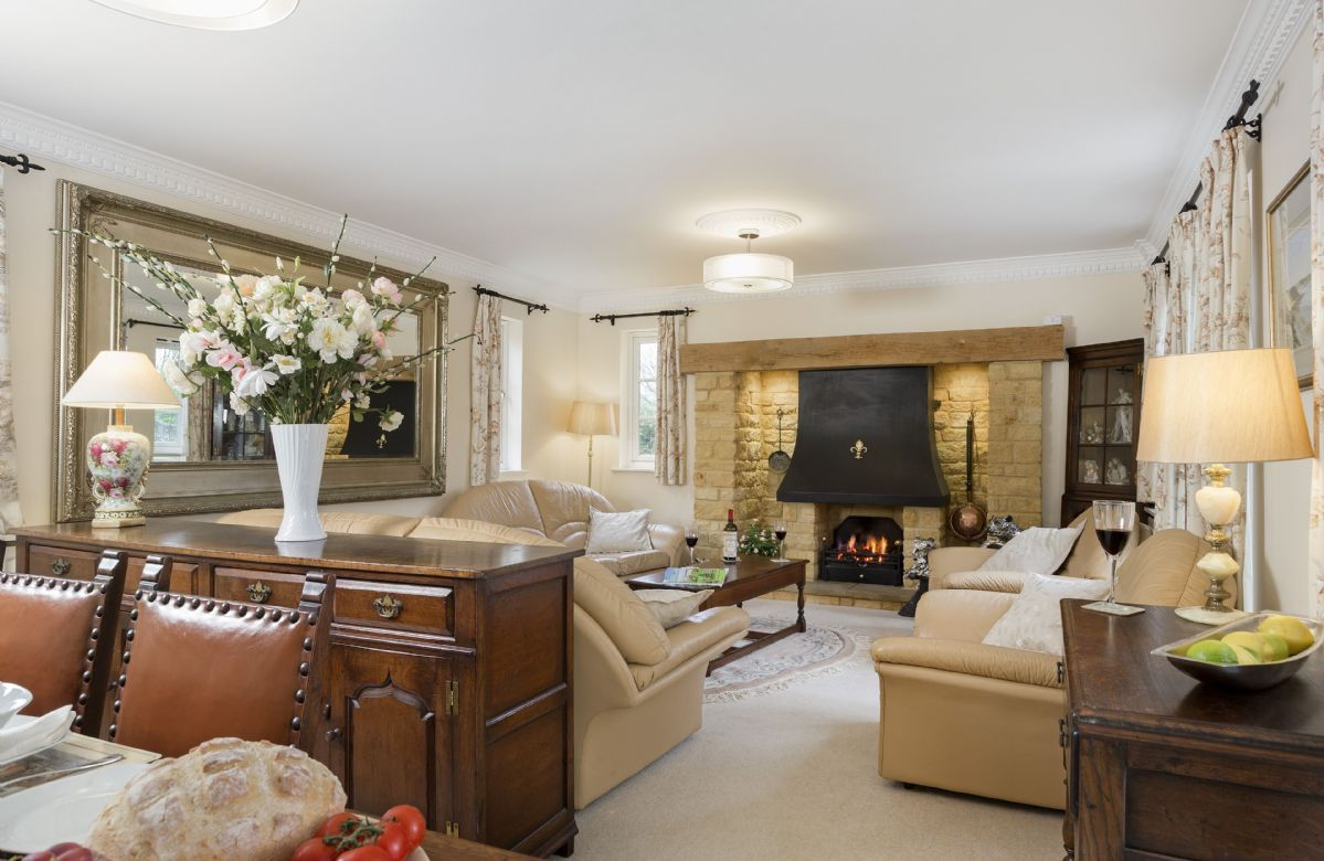 Compton House is located in Chipping Campden