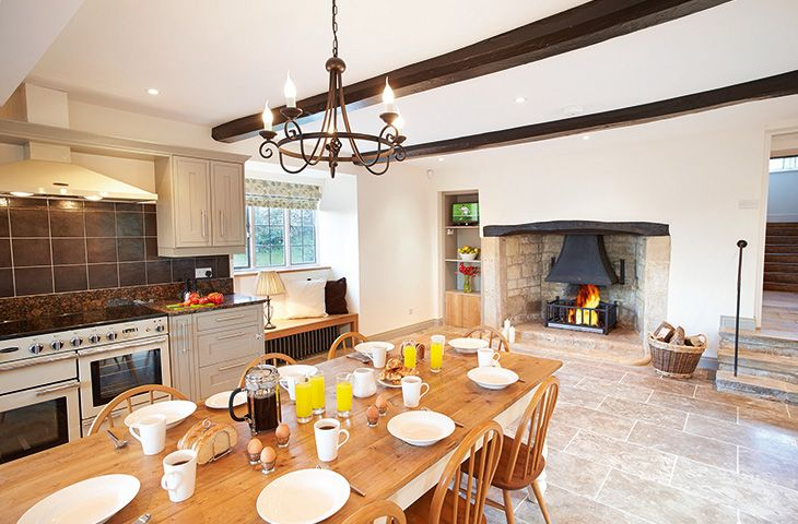 Click here for more about Oat Hill Farmhouse