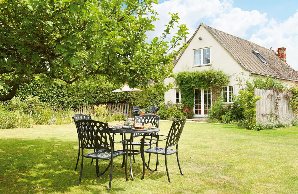 Click here for more about Moore Cottage