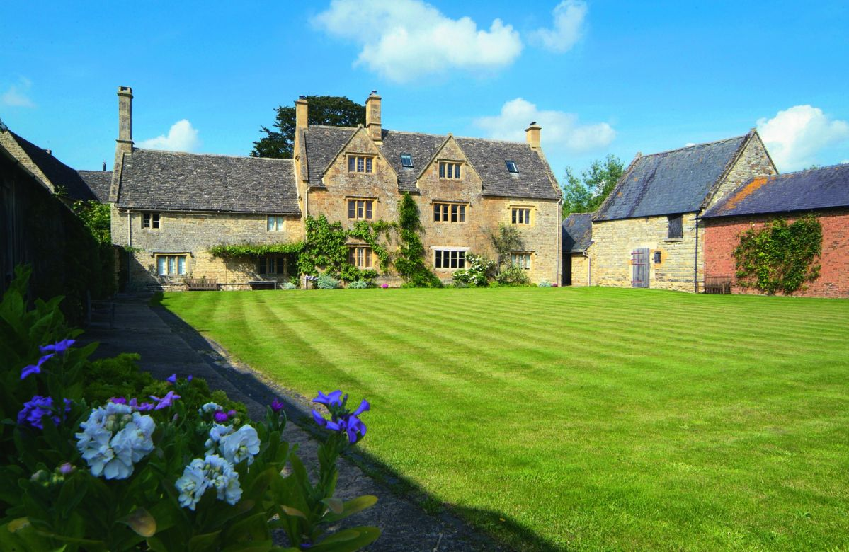 Click here for more about Willington Farmhouse