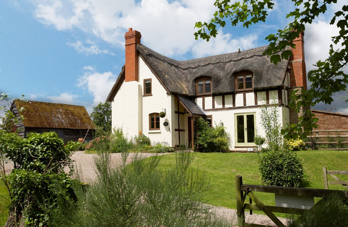 Click here for more about Pool Head Cottage