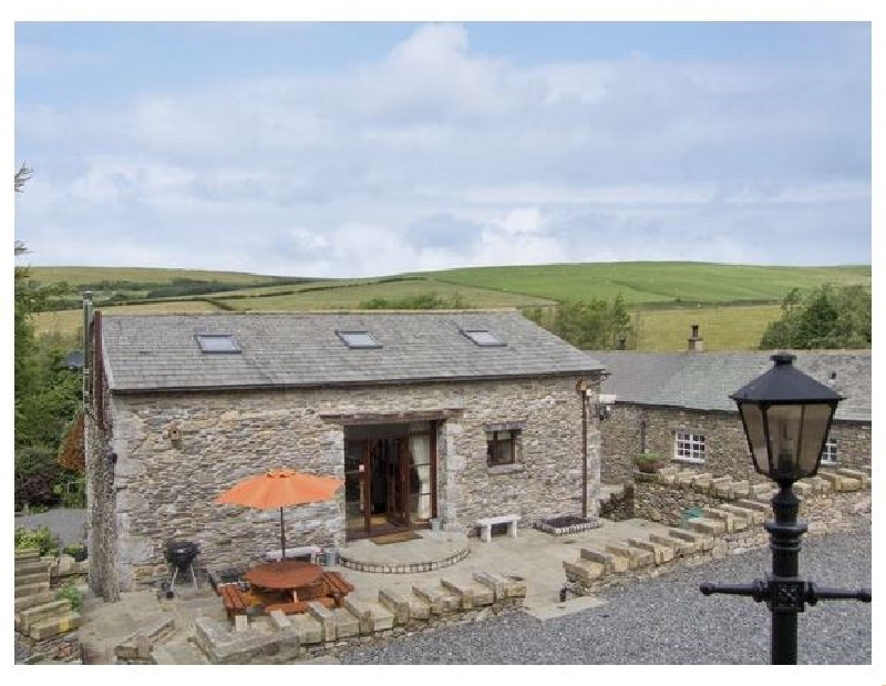 Click here for more about Hill Side Barn