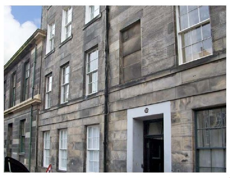 Click here for more about 35 Barony Street