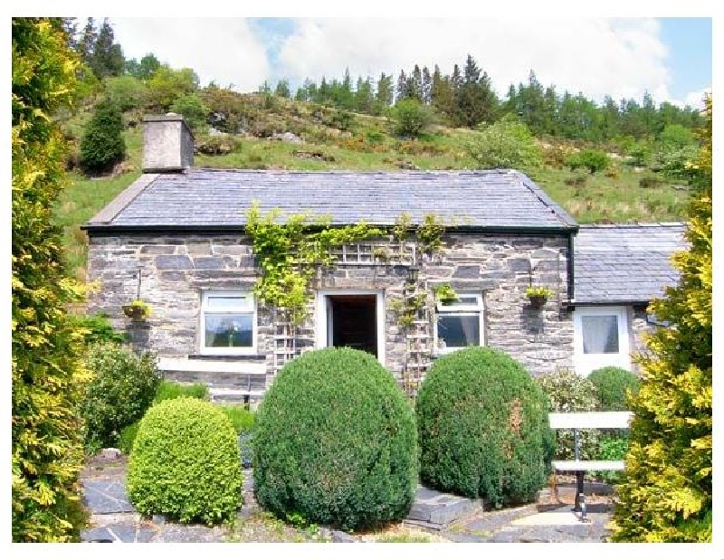 Click here for more about Henrhiw Bach