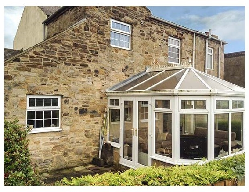 Click here for more about Laurel Cottage