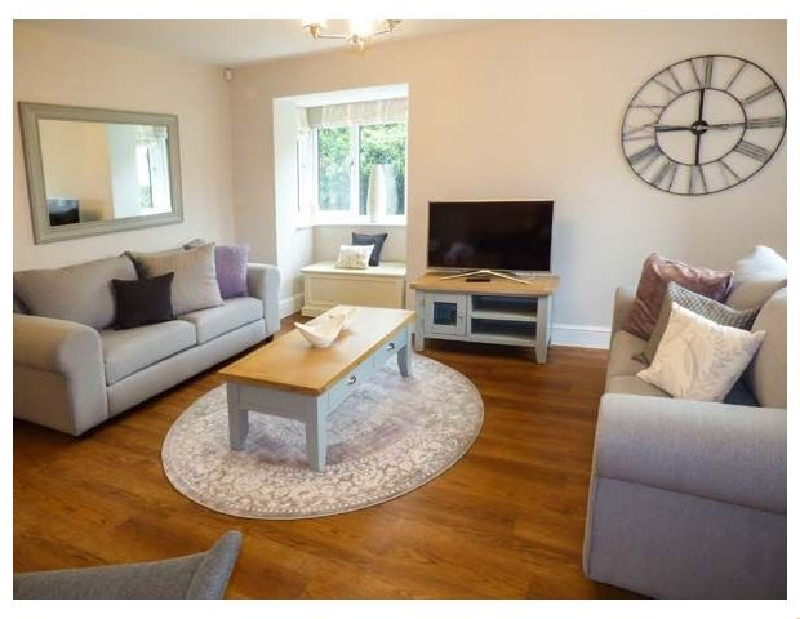 Click here for more about Avocet Cottage