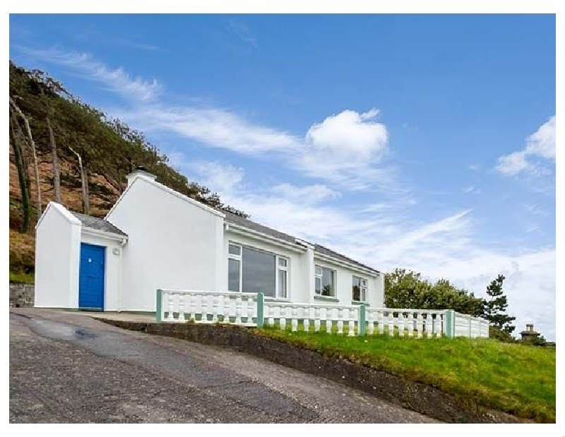 Click here for more about Rossbeigh Beach Cottage No 6