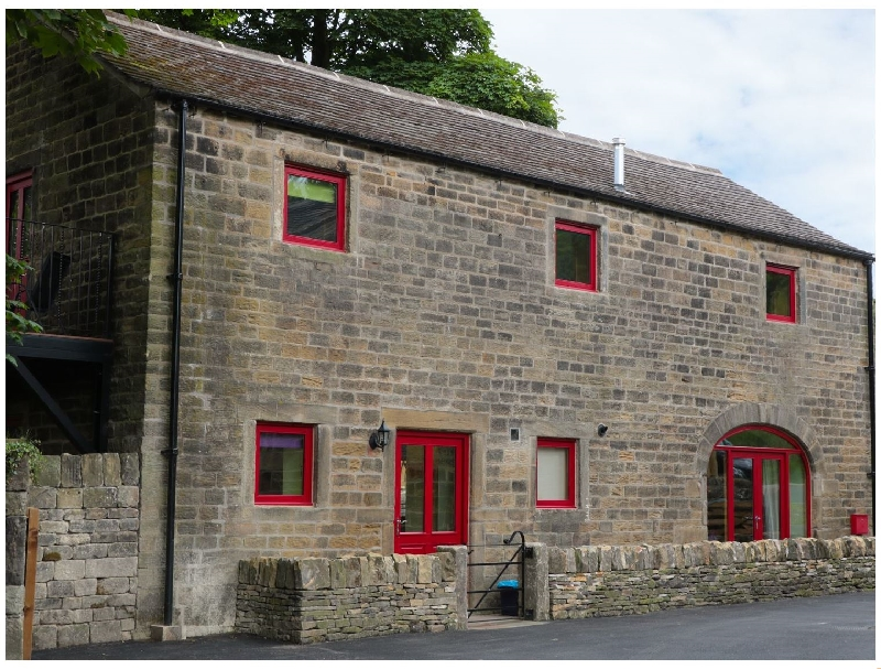 Click here for more about Unsliven Bridge Barn