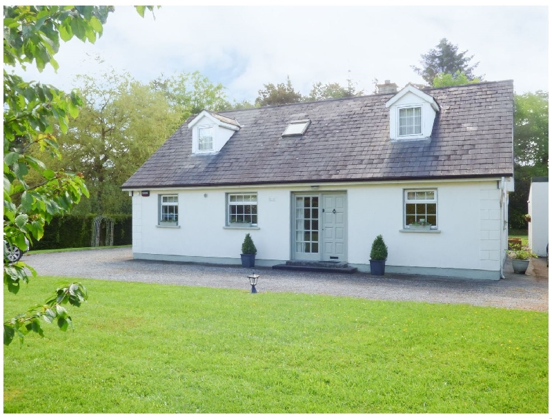 Click here for more about Woodbine Cottage