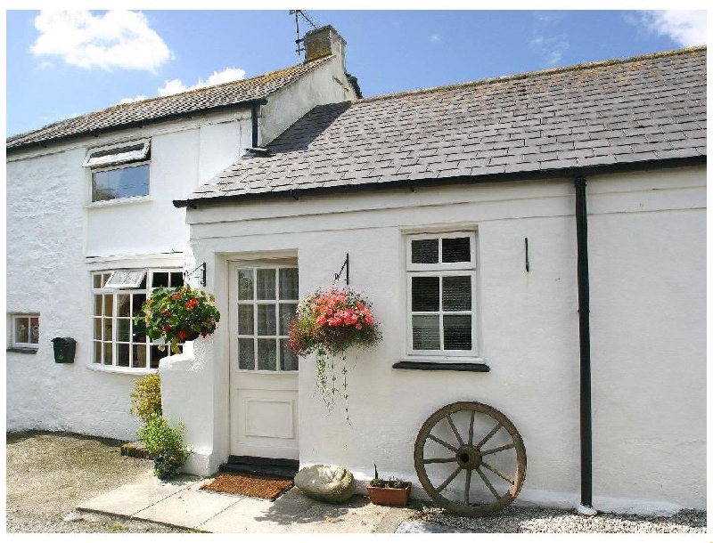 Click here for more about Manor Farmhouse Cottage