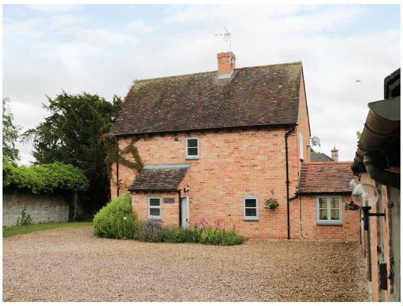 Click here for more about Pebworth Cottage
