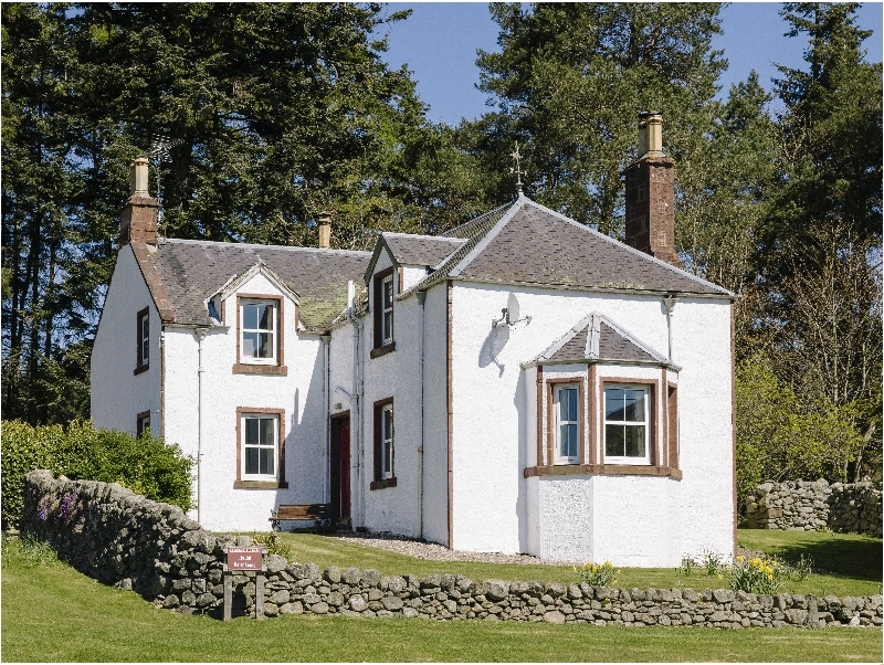 Click here for more about Rottal Farmhouse