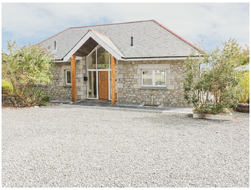 Click here for more about Lower Mellan Barn