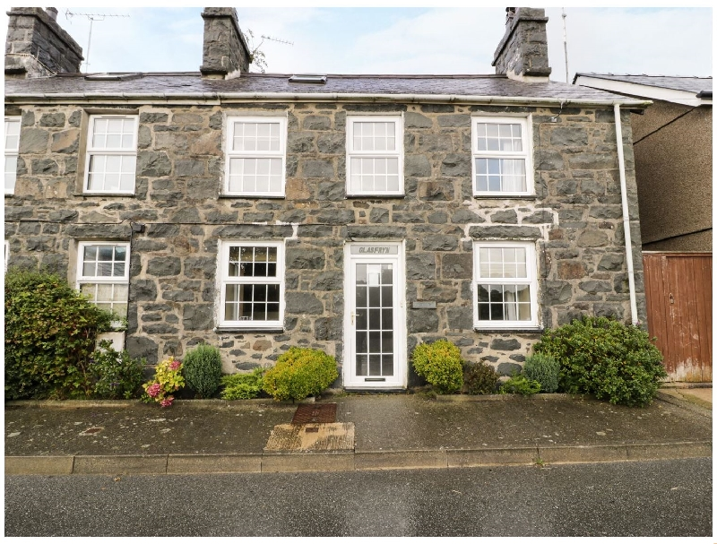 Click here for more about Glasfryn