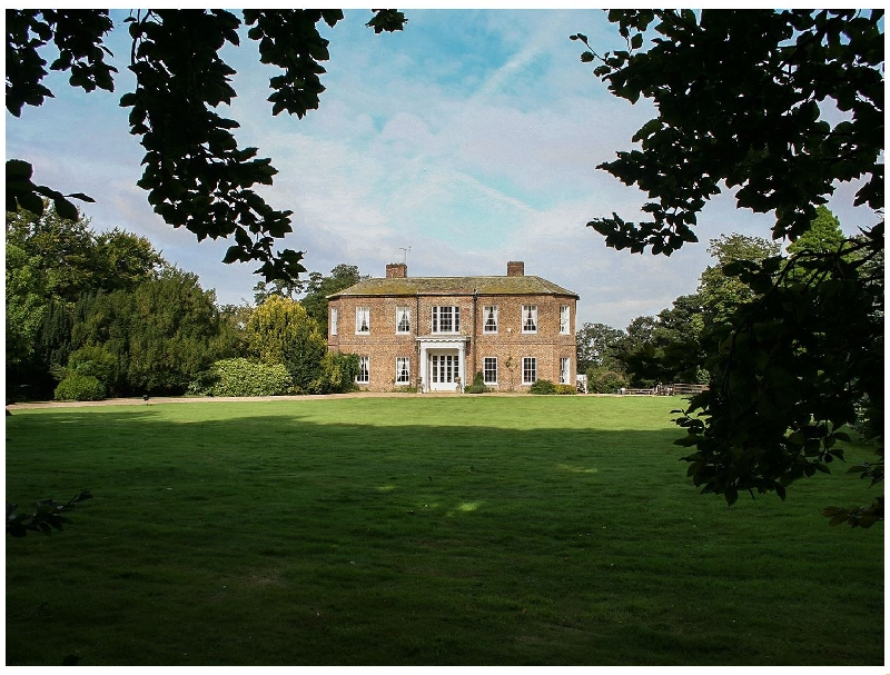 Details about a cottage Holiday at Walcot Hall