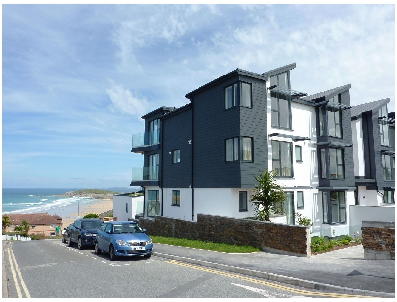 Click here for more about Flat 8 Seascape