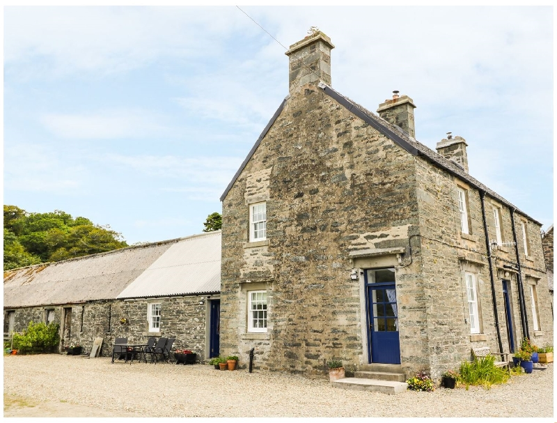 Click here for more about Seaview-Barsloisnach Cottage