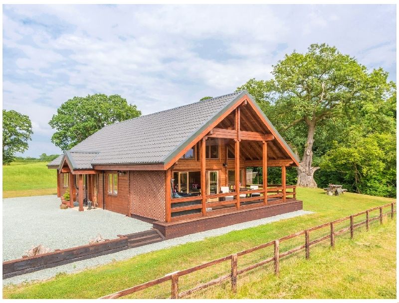 Click here for more about Hampton Lodge