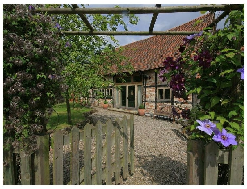 Click here for more about Whites Farm Barn