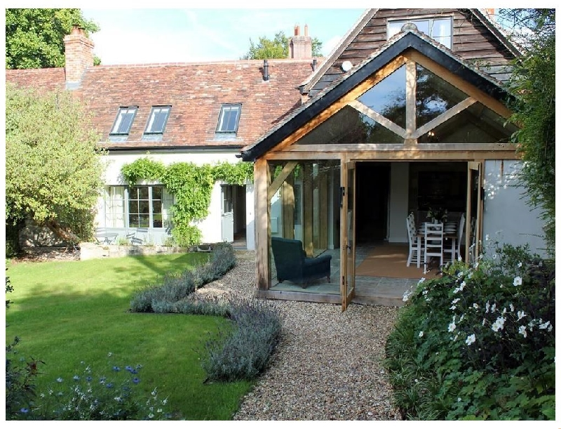 Details about a cottage Holiday at Kings Cottage - South