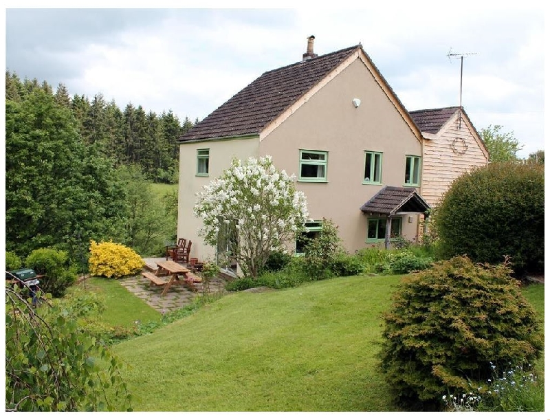 Click here for more about Rose Tree Cottage