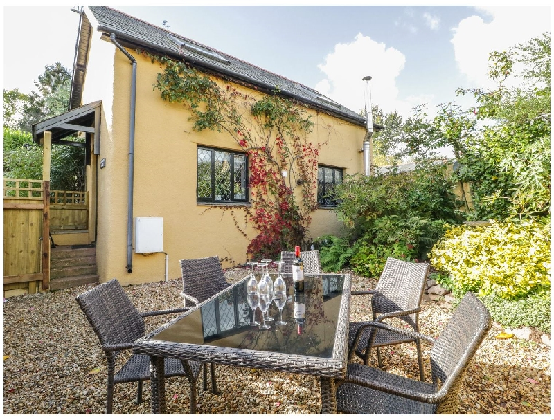 Click here for more about Barn Court Cottage