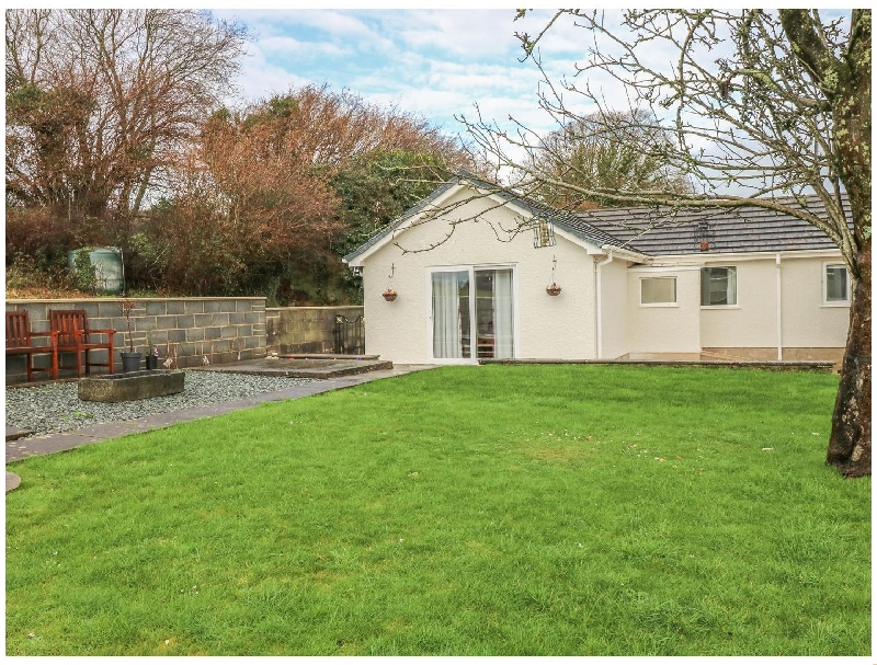 Click here for more about Broadford Farm Bungalow
