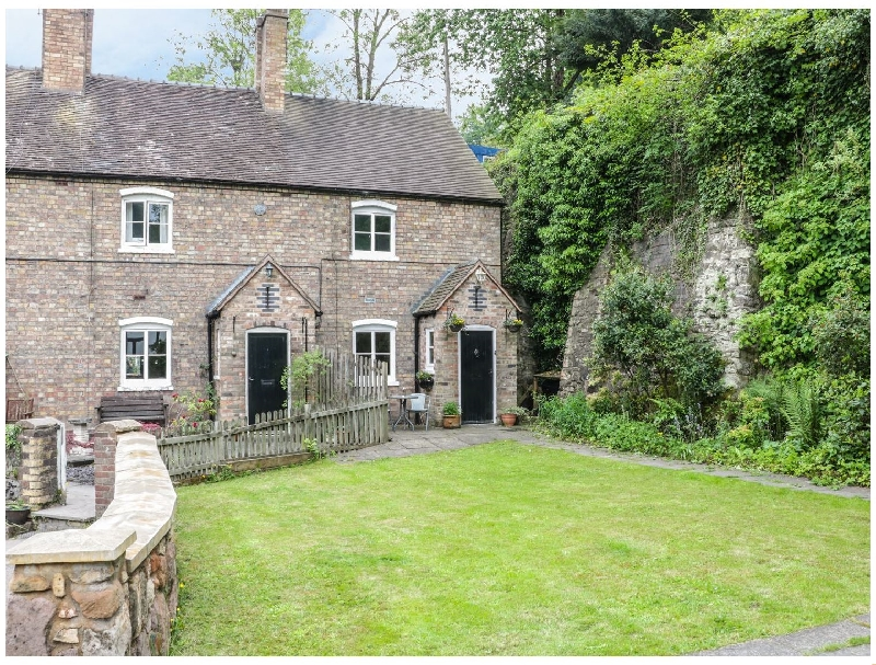 Click here for more about Bridge View Cottage