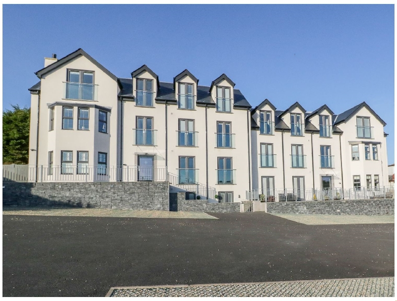 Click here for more about Hafan Traeth (Beach Haven)