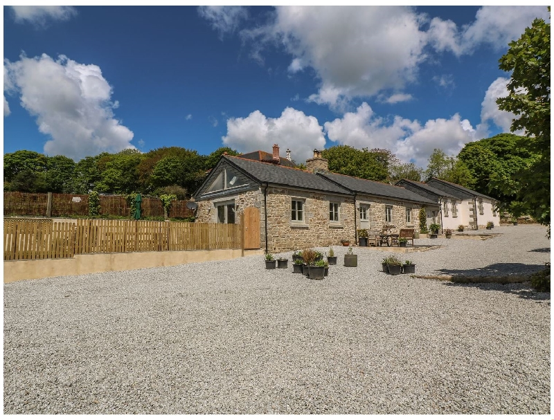 Click here for more about Buttercup Barn