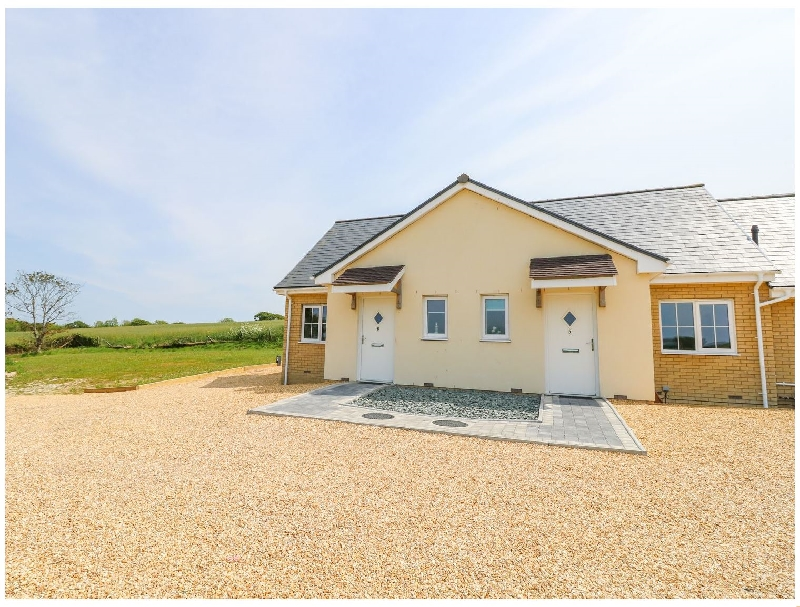 Details about a cottage Holiday at 6 Yarmouth Cottages