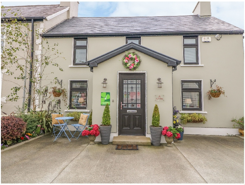 Click here for more about Nono's Cottage