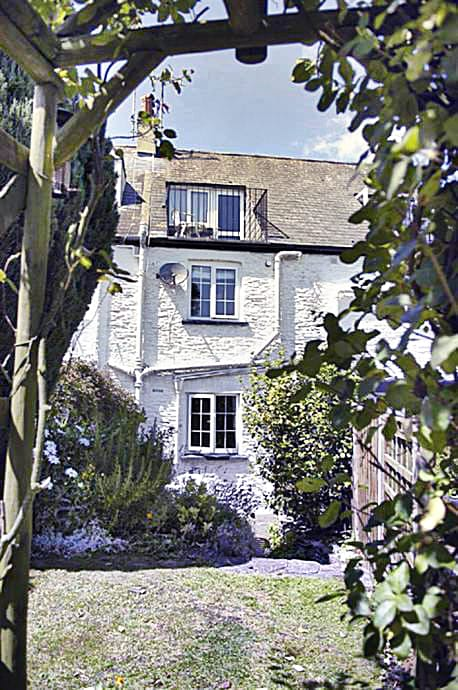 Details about a cottage Holiday at 2 Rose Cottages