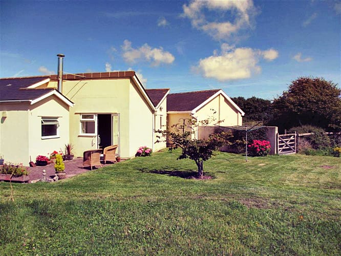Click here for more about Fairfield Cottage