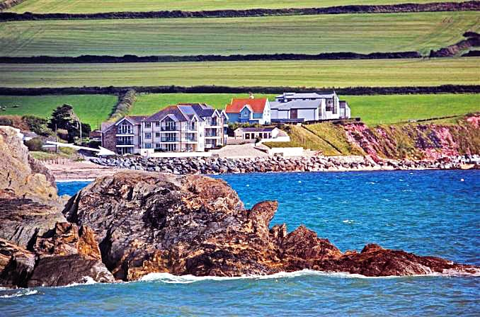 Click here for more about 8 Thurlestone Rock