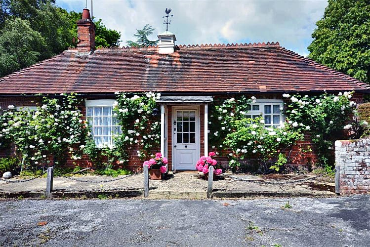 Details about a cottage Holiday at Heywood Cottage